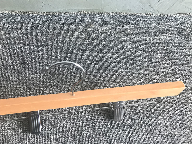 LEEVANS exported thin wooden hangers Supply for trouser