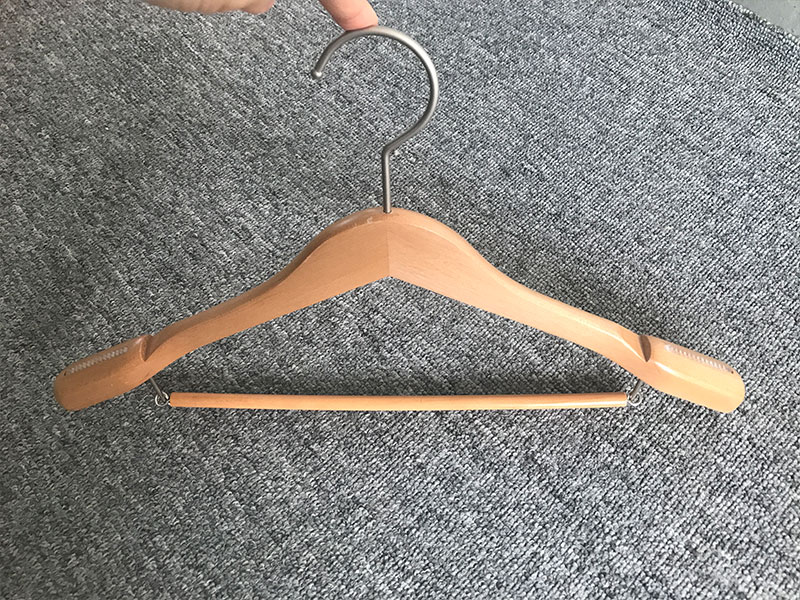 application-hotel wooden trouser hanger manufacturer for trouser-LEEVANS-img-1