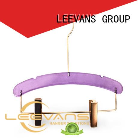 LEEVANS luxury custom hangers with logo closet for trusses