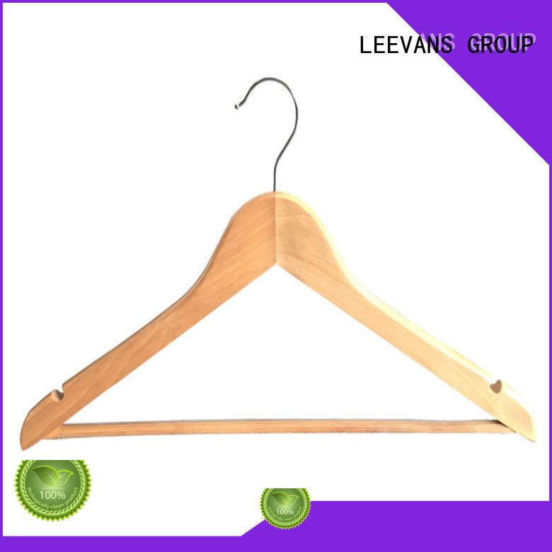LEEVANS online brown wooden hangers adult for children