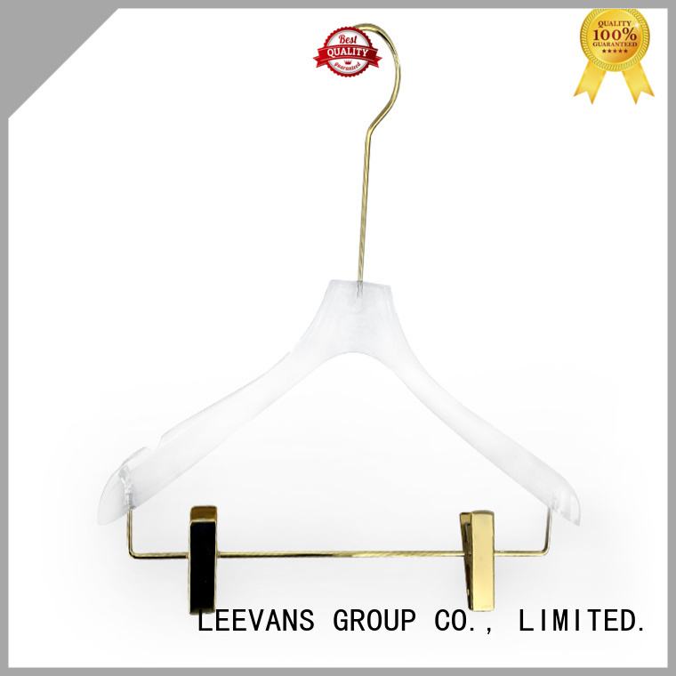 modern clothes hangers coat for casuals LEEVANS