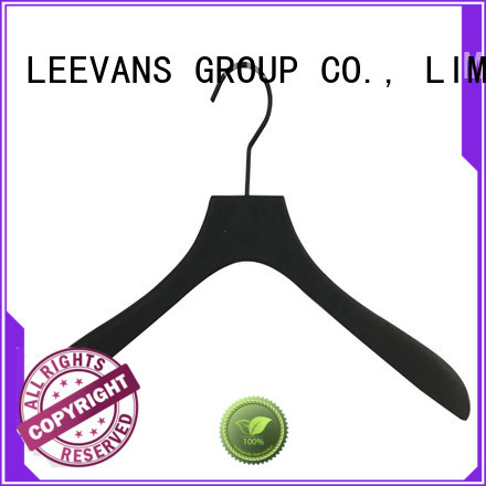 LEEVANS free cheap wooden coat hangers Suppliers for clothes