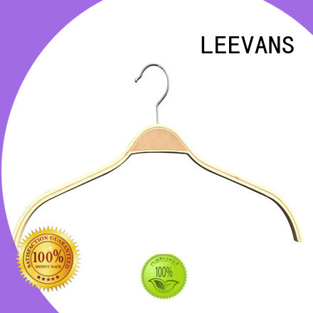 LEEVANS laminated wooden hanger with metal hook for clothes