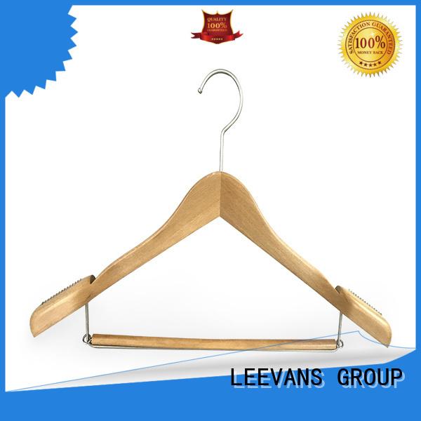 LEEVANS fashion kids wooden hangers supplier for children