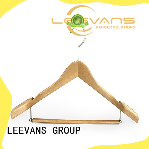 LEEVANS online thin wooden hangers finish for children