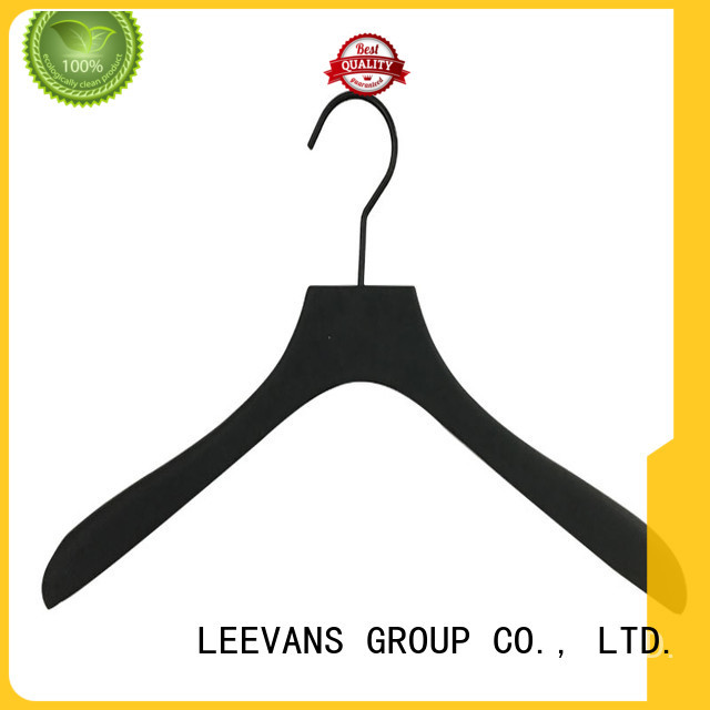 locking wooden skirt hangers adjustable for skirt LEEVANS