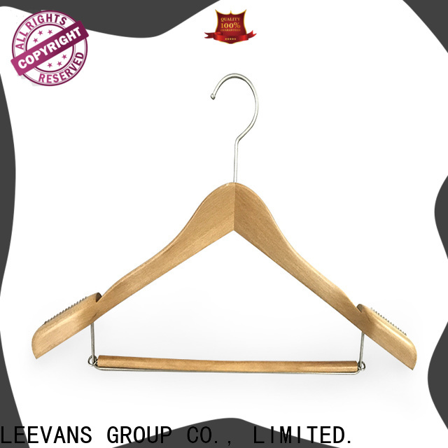 LEEVANS quality personalised wooden coat hangers for business for children