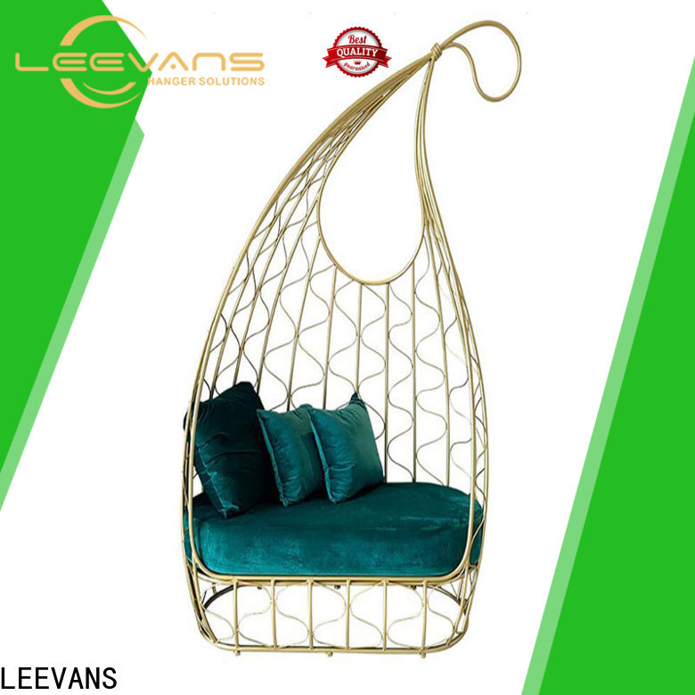 LEEVANS New clothing shop seating for business