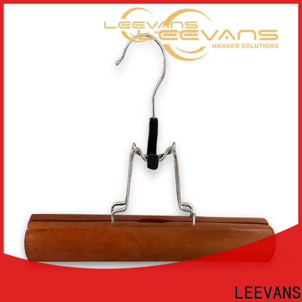 LEEVANS Wholesale cheap white wooden hangers for business for clothes