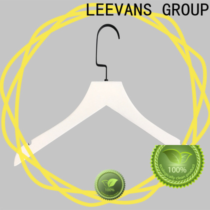 LEEVANS Latest sturdy coat hangers company for clothes