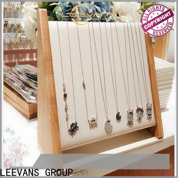 LEEVANS Wholesale retail display props manufacturers