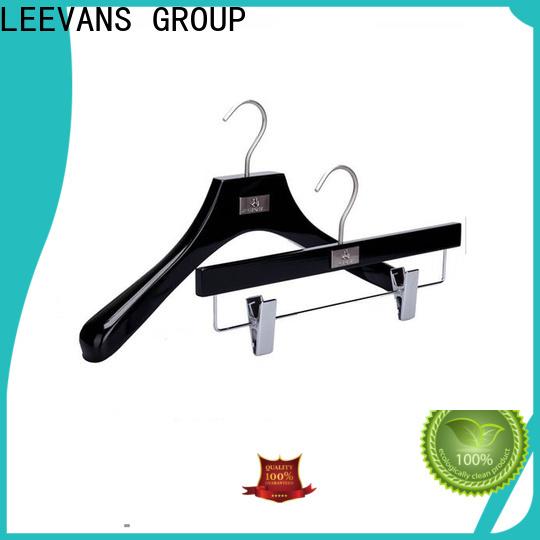 LEEVANS Custom wooden baby hangers for business for skirt