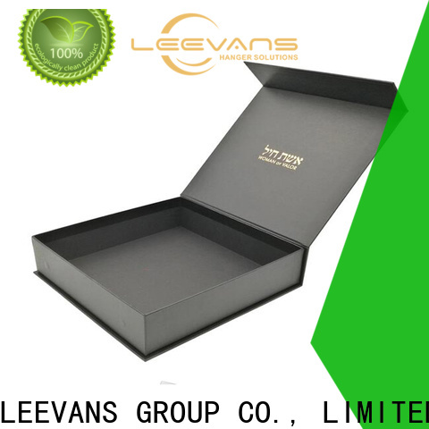 LEEVANS Latest clothing display company