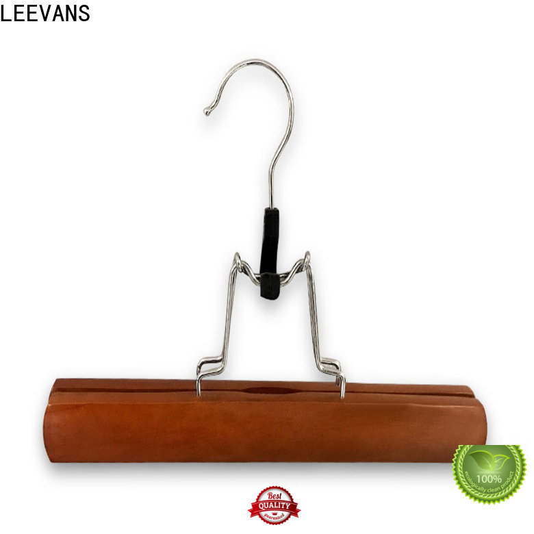LEEVANS Latest wooden clip hangers for business for children
