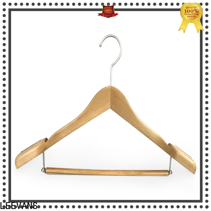 LEEVANS surface pink wooden hangers Supply for trouser