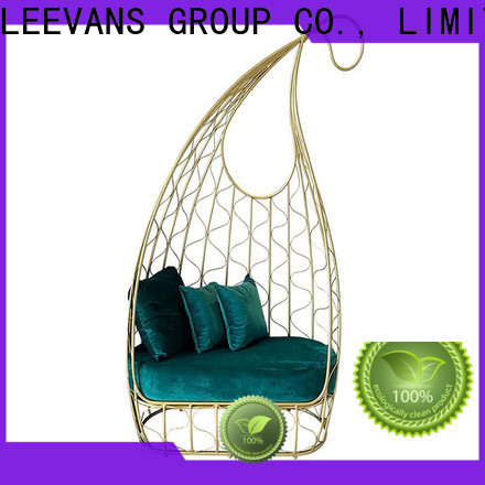 LEEVANS Best clothing shop seating for business