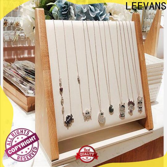LEEVANS retail display props factory