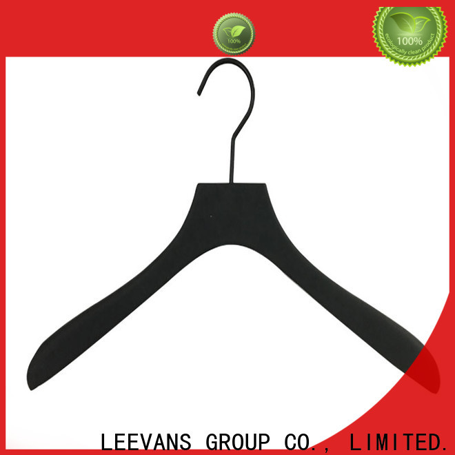 LEEVANS Latest wooden cloth hanger manufacturers for skirt