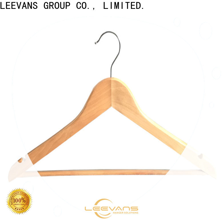 LEEVANS or hotel hangers company for children