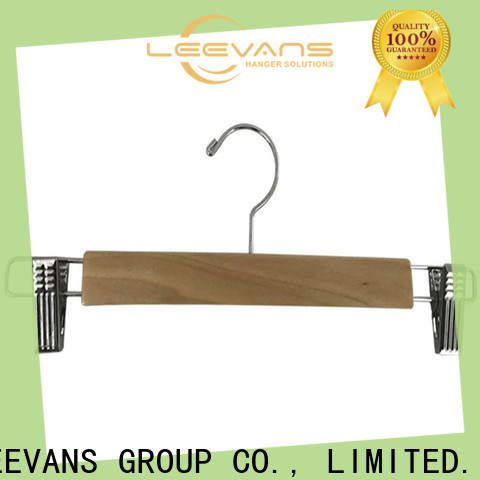 LEEVANS Best personalised clothes hangers for business for clothes