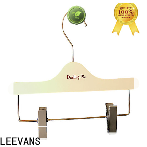 LEEVANS clothes wooden coat hangers with trouser clips Supply for skirt