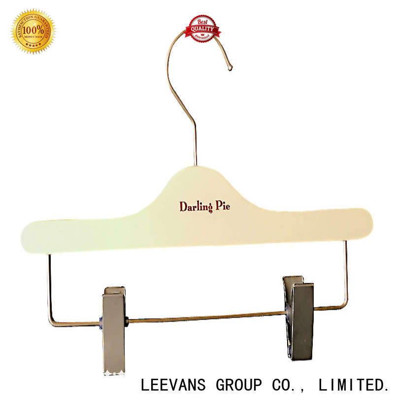 LEEVANS quality sturdy coat hangers Supply for kids