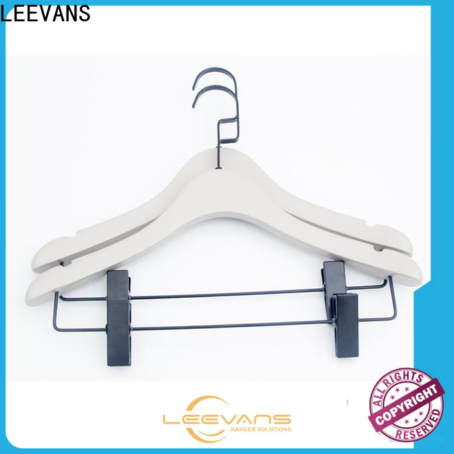 LEEVANS price quality hangers company for children