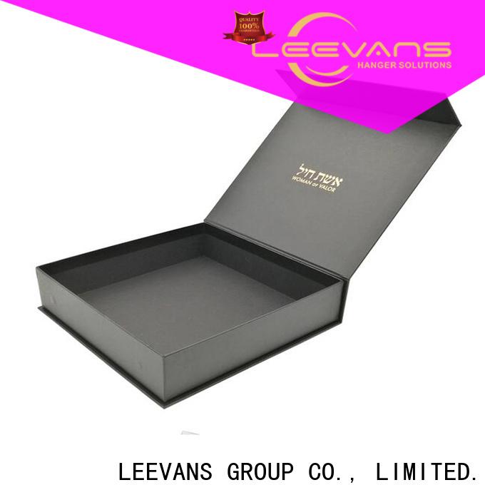 LEEVANS clothing display factory