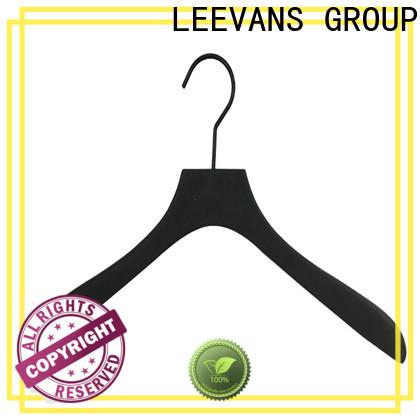 LEEVANS sturdy coat hangers Supply
