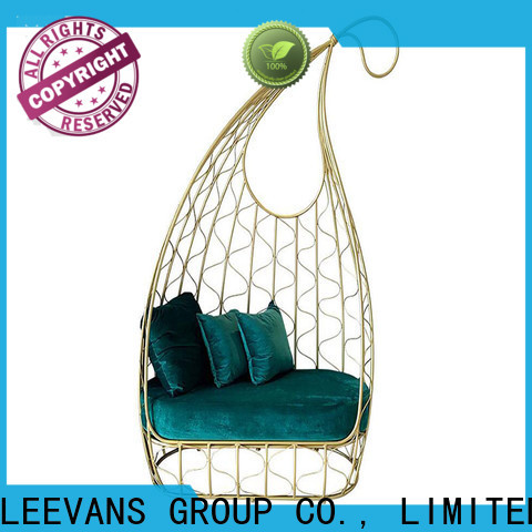 LEEVANS Top clothing shop seating manufacturers