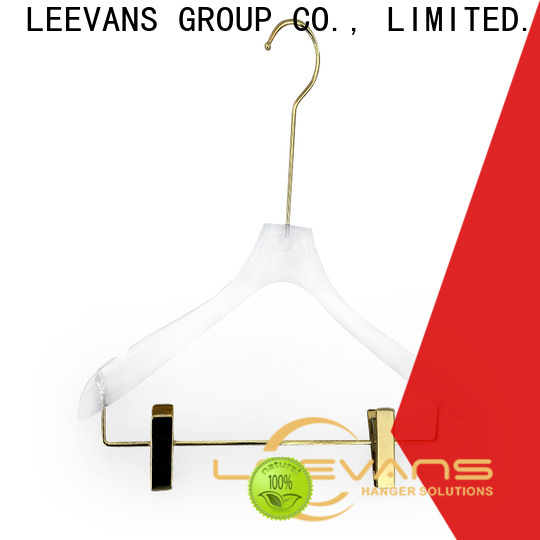 LEEVANS Top brown hangers Supply