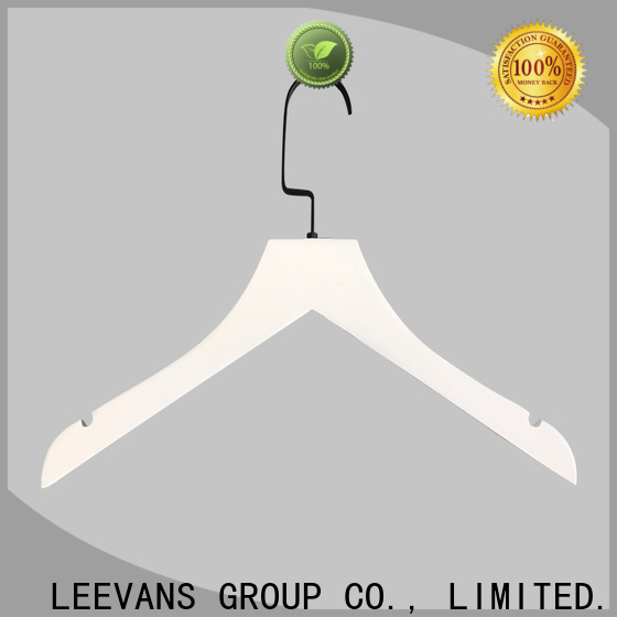 LEEVANS High-quality wide wooden hangers company