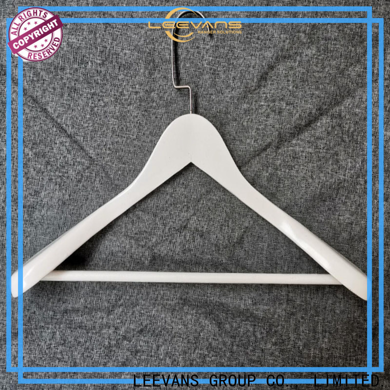 LEEVANS Best buy clothes hangers for business