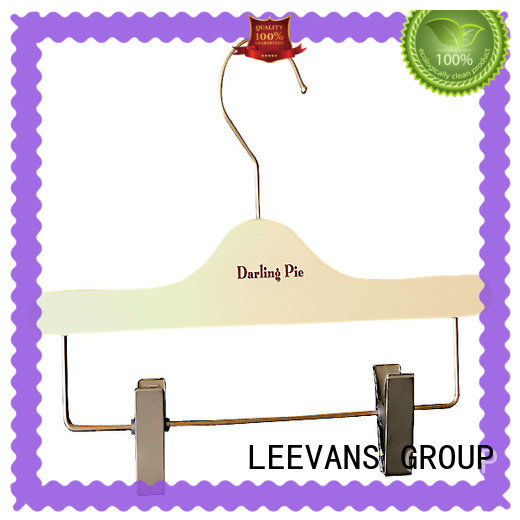 LEEVANS Top infant wooden hangers company for clothes
