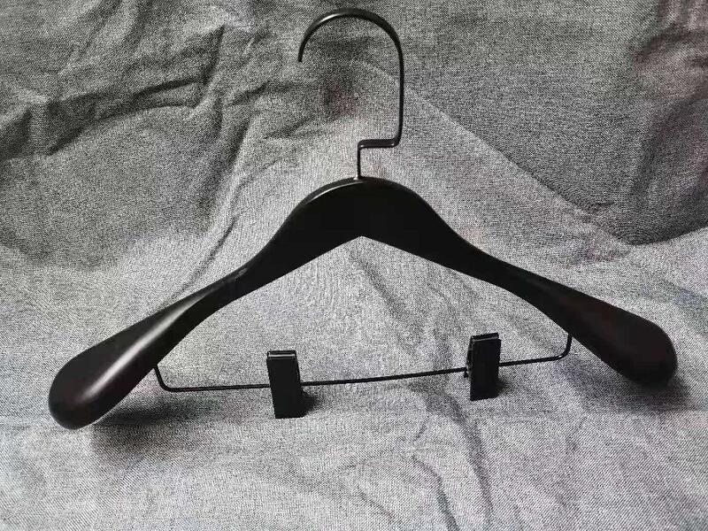 Black Wood Hanger For Suit ,Coat ,Pants And trousers