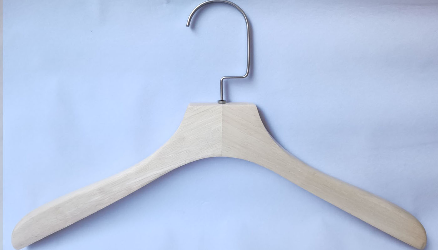 Natural Wooden Hanger Without Panting