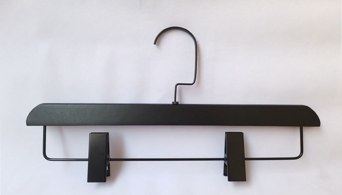 Black Wooden Hange ,Pants Hanger With Round Shape