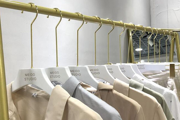 LEEVANS New branded coat hangers factory-4