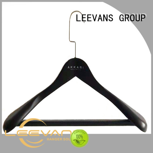 LEEVANS free wooden dress hangers manufacturer for clothes